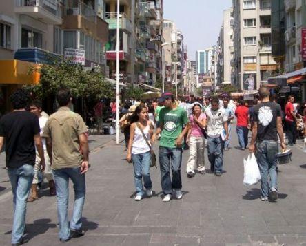 Kıbrıs'ta mü'min genç ne yapar?