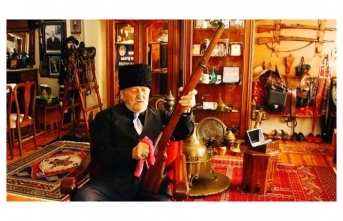 92 yaşındaki Rüştü Çürüksulu'nun müzeleri aratmayan antika koleksiyonu