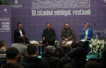10. İstanbul Edebiyat Festivali'nde hikâye, medya ve yazarlık konuşuldu