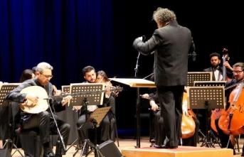 CRR'de muhteşem konser: 'Senfoni ile Saz Eserleri'