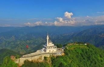 Eskide yeni, yenide eski: Kıble Dağı Camii