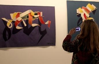 'İplikten Çözülenler: Tekstilde Küresel Anlatılar' sergisi açıldı