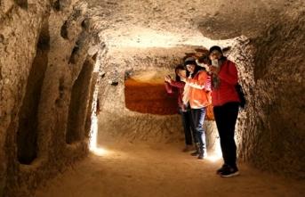 Kapadokya'nın yer altı şehirleri 1 milyonu aşkın turisti ağırladı