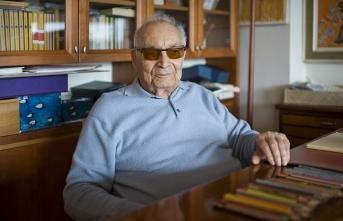 Ünlü yazar Yaşar Kemal ölümünün 4. yılında anılıyor
