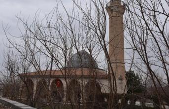 'Uzun Hasan Camisi' asırlardır ihtişamını koruyor