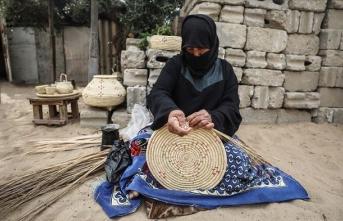 Gazze'de hasırcılık ithal ürünlere karşı yaşlı ellerde direniyor