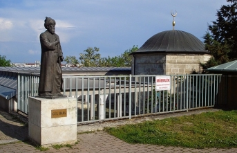 Gül Baba, Budapeşte'ye bakıyor Gültepe'den