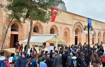 Kızıltepe'de 800 yıllık Ulu Cami yeniden ibadete açıldı