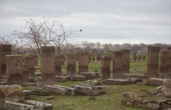 """Bitlis'te tarihi yapıların tanıtımında """"karekod"""" dönemi başladı"""
