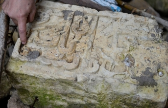 Mardin'de 600 yıllık medreseye ait vakfiye bulundu