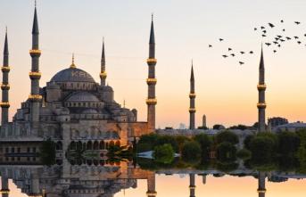 Kalbimizi avuçlayıp okşuyor Ramazan!