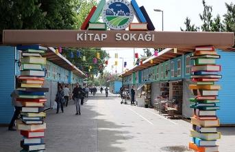 Sakarya'da Ramazan Kitap Sokağı açılıyor
