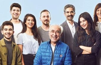 Şener Şen, 40 yıl aradan sonra aynı rolde ve genç bir oyuncu kadrosuyla tekrar sahnede