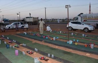 Sudan'da ramazan geleneği 'sokak iftarları'