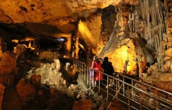 UNESCO listesindeki Ballıca Mağarası sağlık turizmine aday