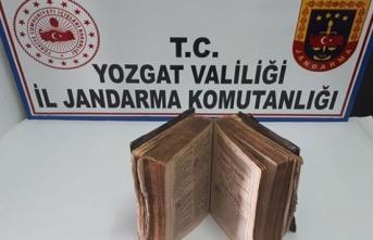 Yozgat'ta Almanca yazılı tarihi kitap ele geçirildi