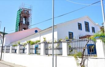 Tarihi kilisenin 'çan kulesi' aslına uygun inşa edilecek