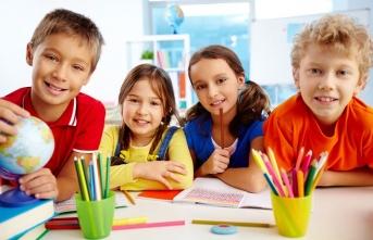 Okul ve zorunlu eğitim insanı eğitir mi öğütür mü?