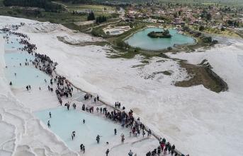 Pamukkkale'de hedef 5 milyon turist