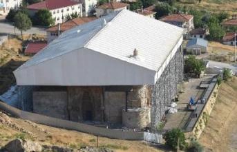 Restorasyonu süren Divriği Ulu Cami ve Darüşşifası'na büyük ilgi