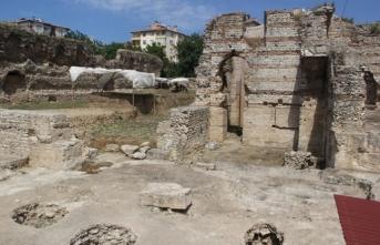 Sinop'ta 2 bin 300 yıllık yapı gün yüzüne çıkarılıyor