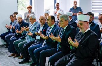 Bosna Hersek'in Glamoc şehrinde inşa edilen 'Eğitim ve Kültür Merkezi' açıldı