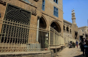 Necib Mahfuz ile bütünleşen 'sokak, tekke ve müze'