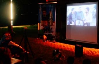 Sanatsever kardeşlerden Fatsa'da nostaljik film akşamları