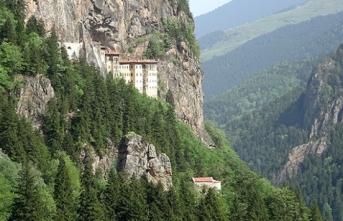 Sümela Manastırı'na turist akını