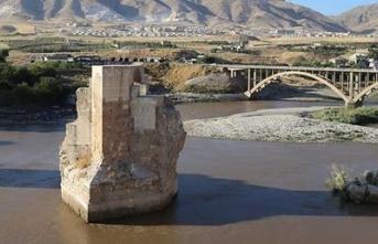 Tarihi Hasankeyf'in iki yakası birleşti