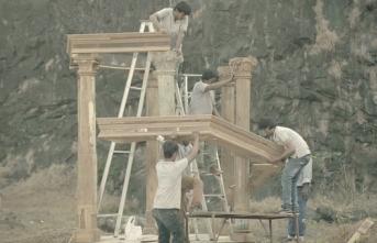 """Akbank Sanat kapılarını """"Öz/çeviri-m (Self/trans-lation)"""" sergisiyle açıyor"""