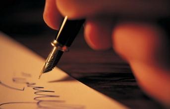 Yazar kim için yazar? Yazsa ne yazar, yazmasa ne yazar?