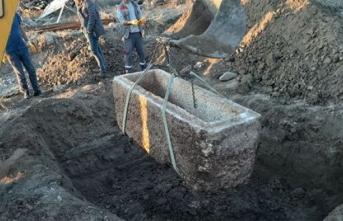 Çorum'da 2 bin yıllık lahit bulundu