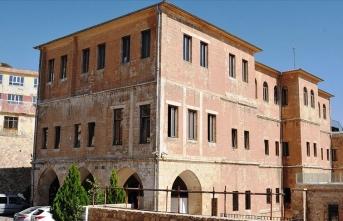 Taş şehrin yönetildiği binada geleceğin mimarları yetişiyor