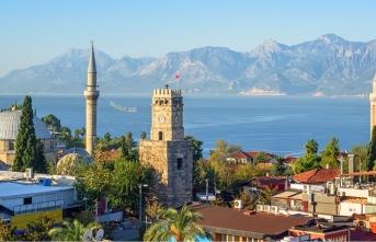 Akdeniz'in incisi gönüller birincisi: Antalya