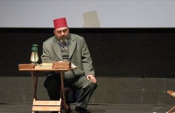 'Gitme Ey Yolcu' oyunu Beyoğlu'nda gençlerle buluştu