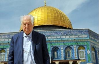 Kudüs şairi Nuri Pakdil: Yazmak, uzun yürüyüşe başlamaktır