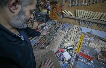 Ünlü ressamların eserlerini 'üç boyutlu' ahşap tablolara yansıttı