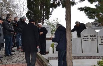 Ahmet Kabaklı mezarı başında anıldı
