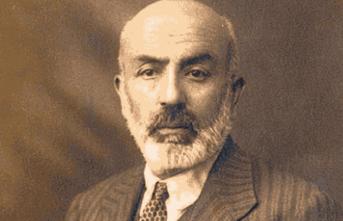 İslamcı düşüncenin kurucu şairi olarak Mehmet Âkif