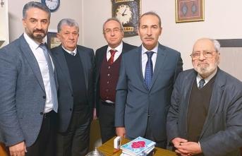 Sezai Karakoç 87 yaşında doktor (Dr.) oldu