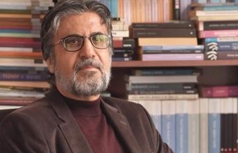 Akif Emre: 'Paradigmaya kafa tutan simitçi'
