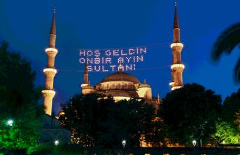 Bu yıl Ramazan camisiz, cumasız ve teravihsiz geçiyor