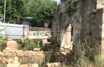 Yivli Minare'de 40 mezar bulundu
