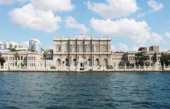 Dolmabahçe Sarayı'nın 164 yıllık tuğraları restore ediliyor