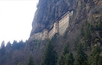 Sümela Manastırı 15 Ağustos'ta belli saatler arasında ziyaret edilebilecek