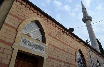 Üsküdar'da bir cennet bahçesi: Şeyh Mustafa Devati Camii