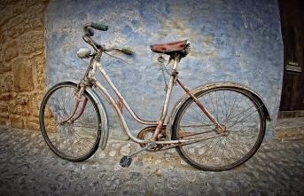 1964 yılında bisikletiyle hacca giden adam