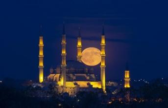 Edirne'de bir kandil gecesi