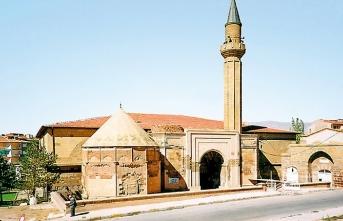 10 Fotoğrafta Niğde Sungurbey Camii
